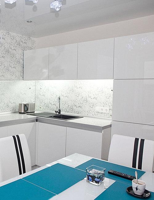 Кухня Акрилайн Белая